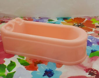 Plasco Tub Toy Dollhouse Traditional Style 1944 bathroom pink