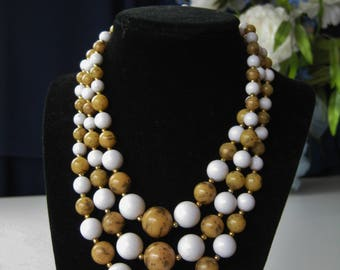Tan and White Beaded Choker / Vtg 50s / Made in Japan triple strand choker beaded clasp