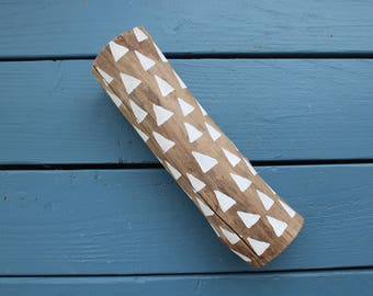 Hipster Log with Triangle Patterns