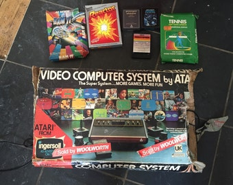 Vintage 1978 Atari CX2600 woody video computer system