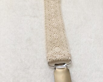 Lace Soother Clip