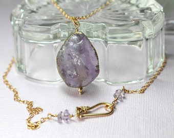 Amethyst Necklace in Gold, Large Lavender Pendant Wire Wrapped in Gold, Purple Layering Necklace, Gold Amethyst Jewelry