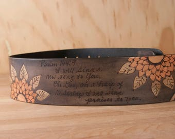 Personalized Guitar Strap for Acoustic or Electric Guitars - Ellie pattern with Flowers and Custom Inscription - Third Anniversary Gift