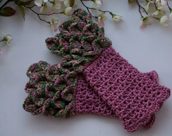 Dragon Scale Fingerless Gloves, Multicolor