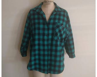 Vintage 80s/90s green black plaid flannel button up