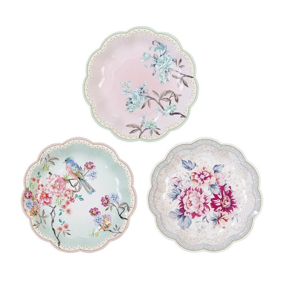 12 charm and romantic party plates/ Pink Rose Paper Plates /