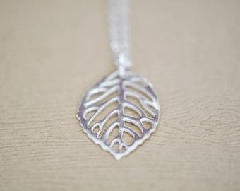 Leaf Necklace - Modern Leaf Jewelry - Leaf Pendant - Nature Pendant - Sterling Silver Leaf necklace - Gift For Women