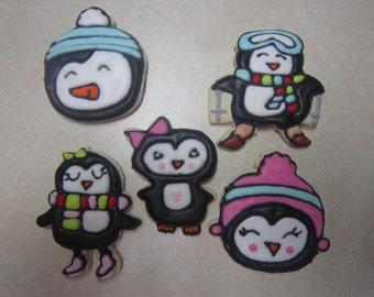 12 Cute Penguin Cookies