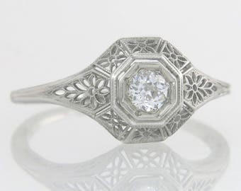 Antique .15ct Genuine Diamond 18K White Gold Filigree Art Deco Engagement Ring
