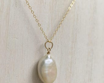 Oval Cultured Pearl Chain Necklace, 14K Gold Filled, Cream Freshwater Baroque Pearl Pendant Necklace, Large Pearl Pendant Valentine Gift