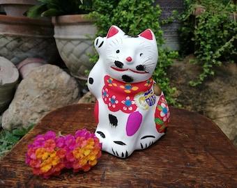 Japanese Bisque Porcelain Figurine 招き猫 Maneki Neko Beckoning Cat Good Luck Charm Figurine Okimono
