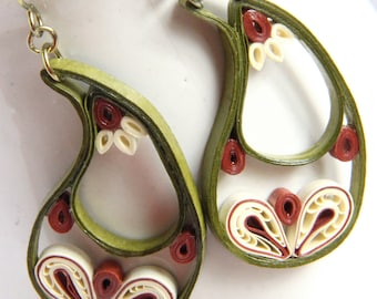 Paisley Indian Earrings in Leaf Green, Ivory, and Rust Niobium Eco Friendly Jewelry, Artisan hypoallergenic