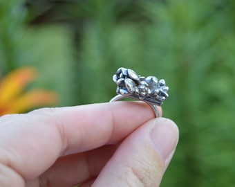 stories of the green and growing - sterling silver succulent ring, botanical, cast garden ring - size 7