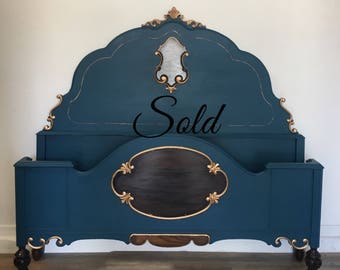 Stunning Regency Antique Full Size Bed / Hollywood Regency / Cottage style / Country Style /
