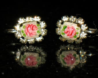 Guilloche Red Pink Rose Enamel Prong Set Cabochon Screw Back Earrings
