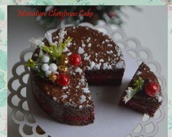 Miniature Christmas Cake, Dollhouse miniature Cake with stand