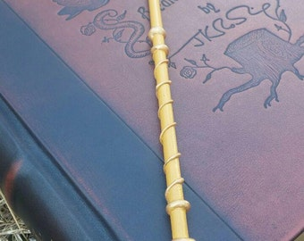 Pink Rose Quartz Witch or Wizard Wand
