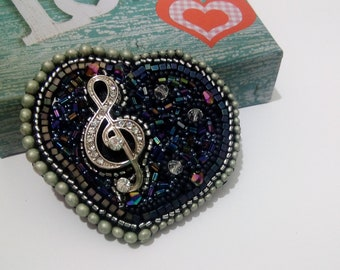 Beaded brooch black Heart Music jewelry with treble clef good gift idea musican music teacher, for lavers music or beginner singer