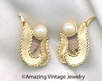SYMPHONY Earrings - SARAH COVENTRY from 1964 Sale 10.00