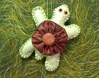 Medium Green Felt Turtle Ornament |Handmade |Tree Ornament |Christmas Ornament | Folk Art |Nautical Decor |Party Favor |Yo Yo Ornament | #1