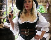Wench's Black and Woo...