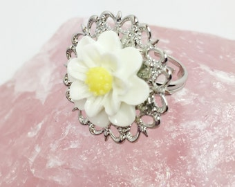 White Flower Ring Daisy Adjustable Ring Pretty Filigree Ring Bridesmaid Gift Thank You Gift Wedding Party Gift White Silver Ring For Her