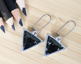 Colored pencils recycled into triangles earrings, pewter, resin Actives