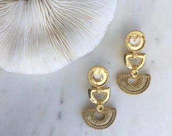 Vintage Tribal Style Earrings / Statement Earrings / Aztec Earrings / 80's Drop Earrings