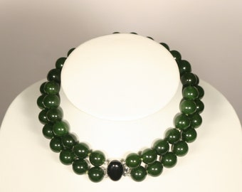 Necklace two strands of jade green and Silver 925