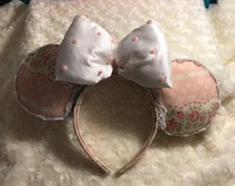 Girly vintage Ears