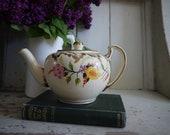 Vintage Tea Pot - Vintage...