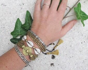 Cowrie Shell Bracelet, Sea Shell Bracelet, Cowrie Bracelet, Shell Bracelet, Beach Bracelet, Boho Bracelet, Shell Jewelry, Beach Jewelry