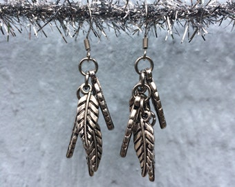 Silvery Leaves Earrings