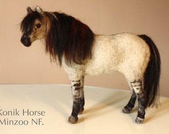 Needle felted horse, Konik, dun horse, wild horse sculpture, equine gift, equestrian decor, horses