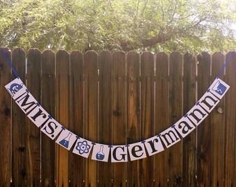 Science Teacher / Personalized Teacher Banner / Teachers Sign / Classroom Decor / Teacher Christmas Gift / Microscope / Beaker