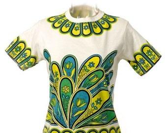 Vintage White Flower Power Tee Shirt