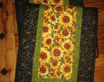 """Yellow Sunflowers Quilted Table Runner, Reversible Cotton, Fall Table Decor, 13 x 47"""" Coffee Dining Buffet Table Piano Bench Handmade"""