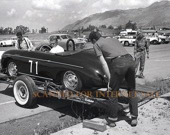 Stunning 1960 Steve McQueen w/ Porsche Race Car PHOTO California