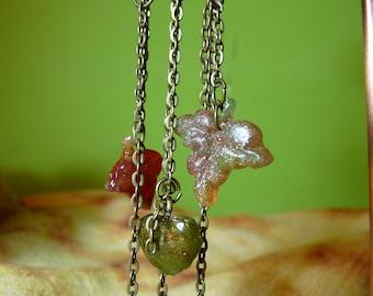 Flowers and leaves in eco resin earrings