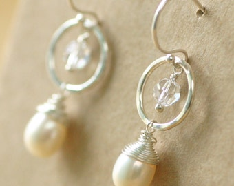 Pearl drop earrings wedding, crystal earrings, bridal earrings pearl, bridal earrings Swarovski - Ava