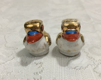 Vintage 1940s Porcelain Gold Luster Bird Salt & Pepper Shakers