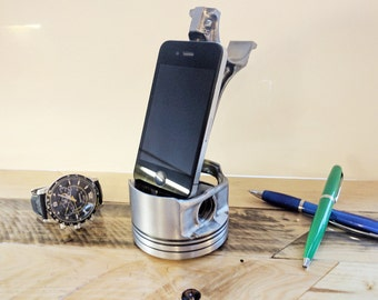 Landrover Piston Mobile Phone Stand  Piston   Engines   iPhone Stand   Universal Phone Stand   Desk Accessories   Docking Station