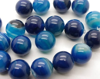 4 agate 14 mm blue white and blue agate enrubannées