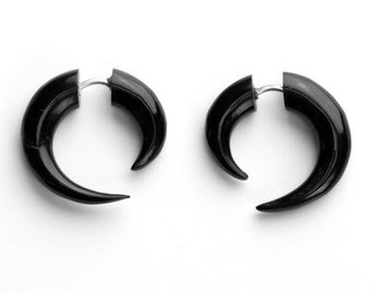 Small Black Spiral Fake Gauges Horn Earrings