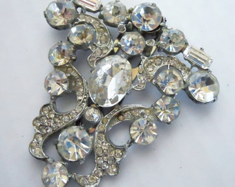 Vintage large rhinestone brooch or pin fur clip in clear rhinestone with silver tone setting circa 1940's costume jewerly