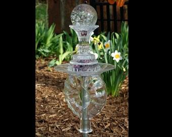 Garden TOTEM Art, Garden Art, Outdoor GARDEN Decor, garden TOTEM made with recycled glass
