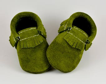 Moss Moccasins, Baby Moccasins, Olive Green, Baby Moccs, Toddler Moccs, Baby Shoes, Handmade Moccs, Leather Moccs, Fall, Autumn, Suede Moccs