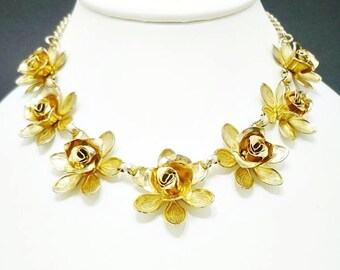Vintage Gold Tone Rose Choker Necklace, Antique Necklace, Costume Jewelry, Gold Choker Necklace, Link Necklace, Gold Flower Necklace