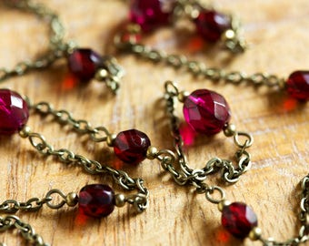 Deep Fuchsia and Dark Blood Red Beaded Chain Necklace