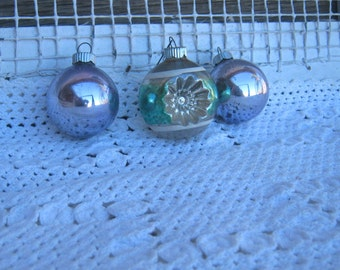 Box of 12 Vintage Shiny Brite Christmas Tree Ornaments: Pale Purple, Hot Pink, Gold, Green Indent, Silver & Sea Green Glass Ornaments